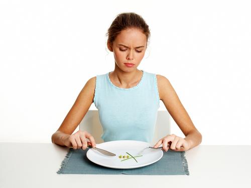 Adolescenti,5 mosse contro obesità e disturbi alimentari