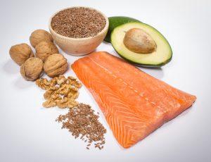 salmone noci omega-3