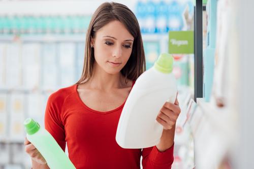 Le pulizie domestiche fanno male quanto venti sigarette al giorno