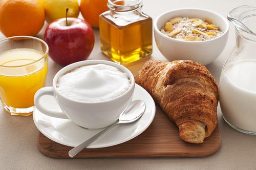 Cuore a rischio per chi salta la colazione, ecco perchè