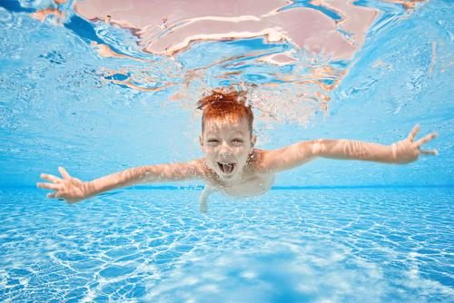 Il nuoto migliora il vocabolario dei bambini